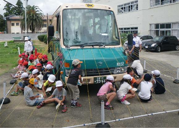 御浜小学校における交通安全教室の開催