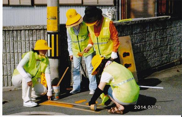 通学路におけるストップマーク塗装の実施