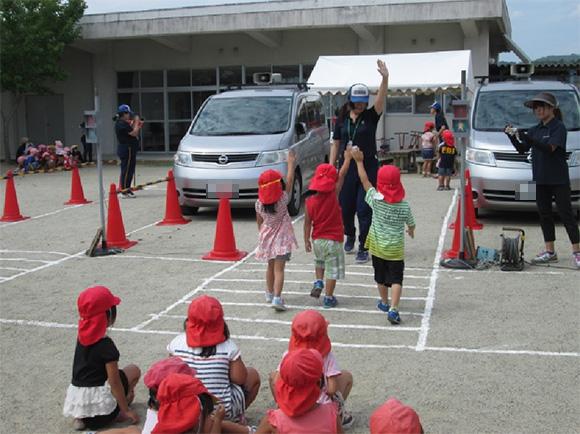 蔵持保育園における交通安全教室の開催