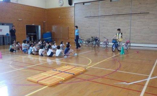 紀宝町立成川小学校における交通安全教室の実施