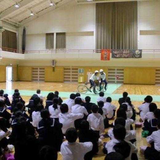 菰野町立八風中学校における交通安全教室の実施