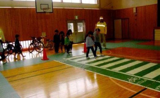 鳥羽市立安楽島小学校における交通安全教室の実施