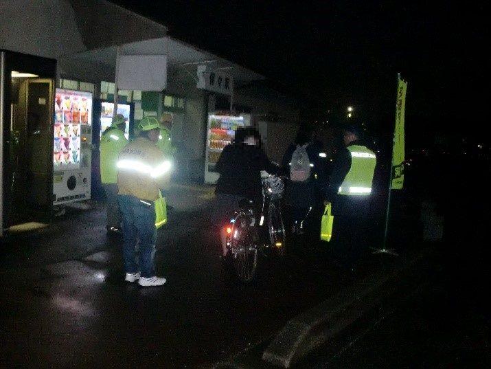 保々駅における交通安全啓発活動の実施